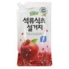Средство для мытья посуды/детских бутылочек/фруктов CJ Lion Chamgreen Гранат  (м.у.) 900 гр