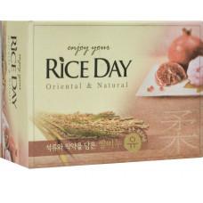 CJ Lion Мыло туалетное Rice Day, экстракт граната и пиона, 100 гр